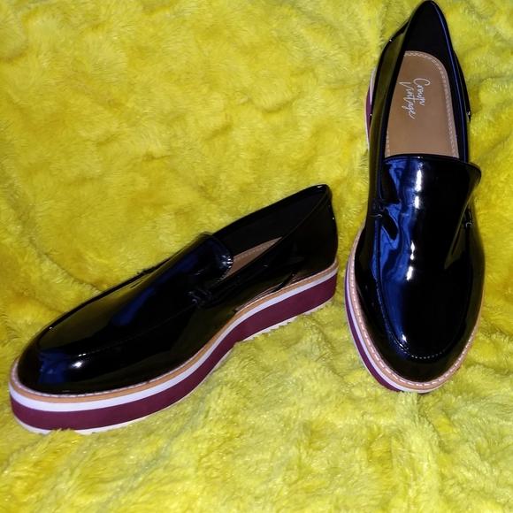 Crown Vintage Mireicia Wedge Loafer